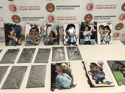 Incautan cargamento de cocaína oculta en retratos de Maradona – Prensa 5