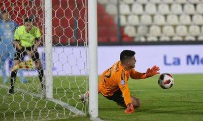 Aguilar posee un alto porcentaje de penales atajados ante Cerro