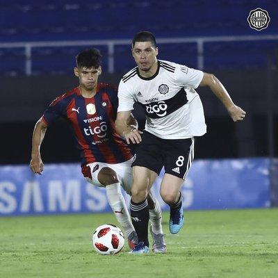 Rodrigo Rojas explicó por qué fue sustituido en el superclásico