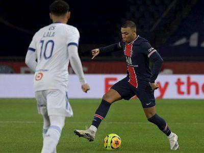 El PSG golea, el Lyon domina