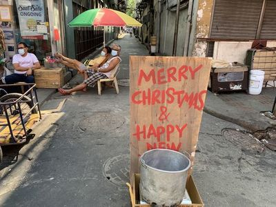 El mundo se prepara para una triste Navidad bajo fuertes restricciones
