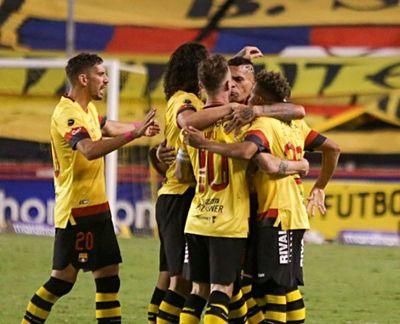 Con Riveros y Colmán, Barcelona iguala ante Liga de Quito en la final de Ecuador