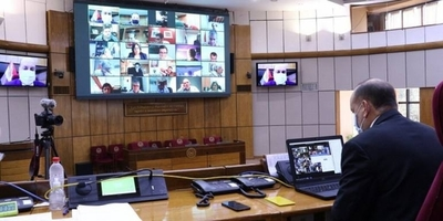 HOY / Millonaria adjudicación para sesiones virtuales del Senado en 2021