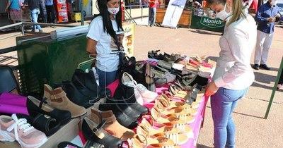 La Nación / Feria de emprendedores llegó a distintos puntos del país