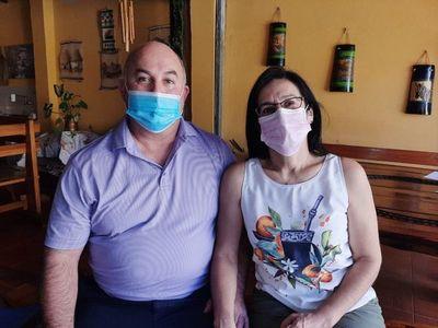 Americano que recibió vacuna contra el Covid-19 pasará la Navidad en Misiones