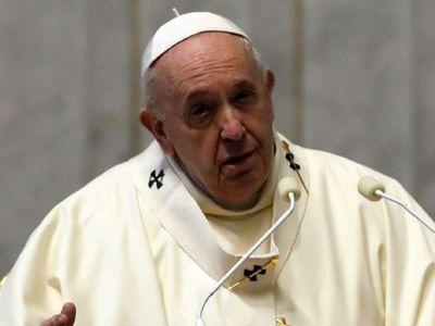 """El Papa Francisco arremete contra los """"pesebres de vanidad"""""""