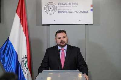 Procurador general anuncia su renuncia el cargo
