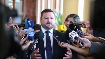 Renunció al cargo el Procurador General de la República