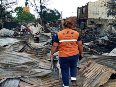 SEN continuará asistiendo a las 96 familias afectadas por el incendio en la Chacarita