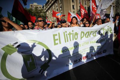 Obtener litio sin destruir los salares de Atacama, el desafío de Chile