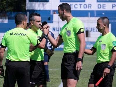 Fueron designados los árbitros de las semifinales