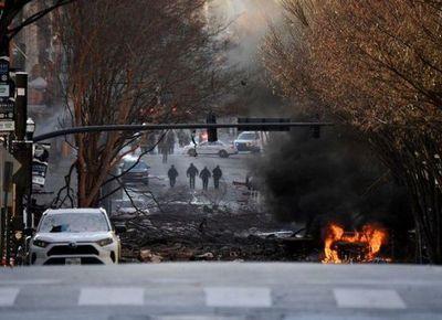 Agentes EEUU investigan más de 500 pistas tras explosión en Nashville
