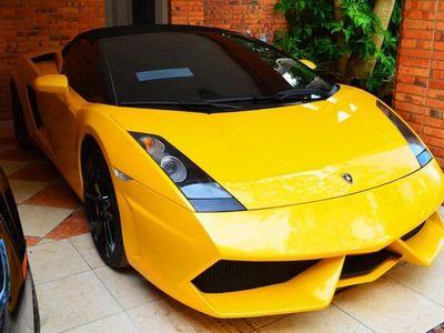 Subastarán lujosos vehículos incautados en causas contra crimen organizado
