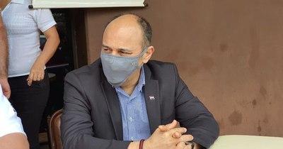 La Nación / Tenemos que seguir haciendo más, dice el viceministro de Salud, Julio Rolón