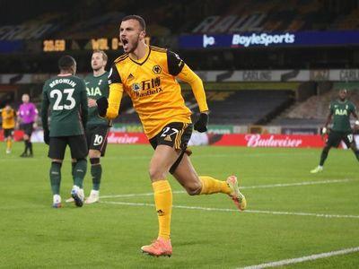 Wolverhampton alarga el bache del Tottenham