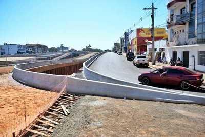 Obras de multiviaducto llegan a un 80% en CDE