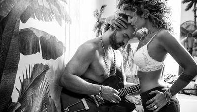 Seduzione: Della Poletti seduce con un lenguaje sin opulencia y una campaña que enciende las joyas