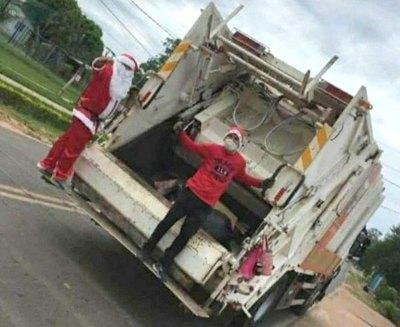 Crónica / Papá Noel recogió la basura en Atyrá ra'e