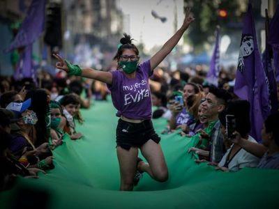 Marea verde en la Argentina es una revolución feminista