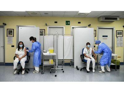 La UE inicia esperanzadora campaña de vacunación contra el coronavirus