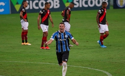 HOY / Diego Churín rescata el triunfo para Gremio