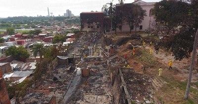 La Nación / MUVH señala que ya no se construirán viviendas en zona incendiada de la Chacarita