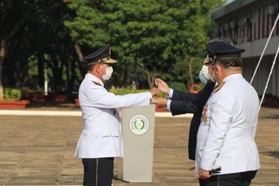 Entregan bastón de mando a comisarios generales inspectores y condecoraciones a agentes antinarcóticos