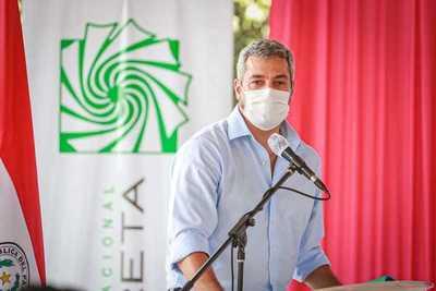 Seguiremos destinando recursos para generar equidad entre los sectores más sensibles, ratifica Abdo Benítez