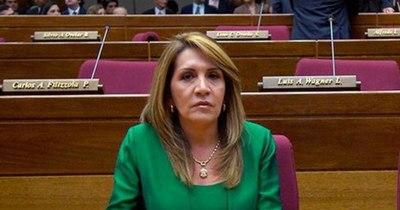 La Nación / Senadora liberal pide a Sandra Quiñónez que investigue de oficio a Mazzoleni