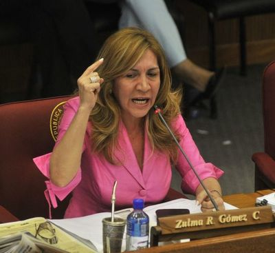Senadora liberal pide a Sandra Quiñónez que investigue de oficio a Mazzoleni