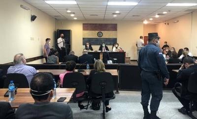 HOY / Caso audios: Tribunal condena a acusados por tráfico de influencias