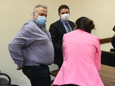 González Daher recibe condena de dos años de cárcel pero se salva de ir preso