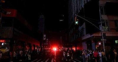 La Nación / Un apagón deja sin energía a 10,3 millones de personas en México