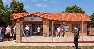 La Nación / Amplian puestos de salud con recursos de la gobernación de Paraguarí