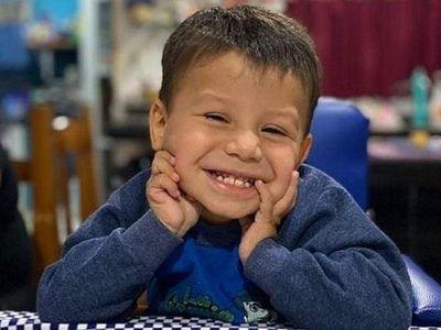 Niño con AME de Encarnación aguarda ayuda del Gobierno