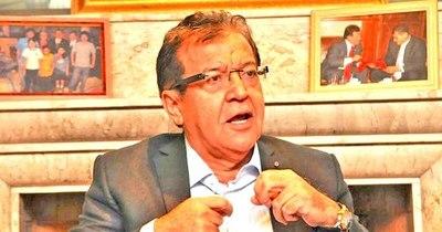 La Nación / Nicanor ignora dictamen de Justicia y se cierra a proveer información