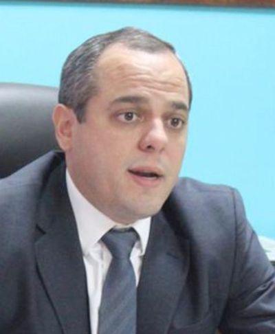 Contraloría sigue sin mostrar las DD.JJ. de Raúl Silva Busto