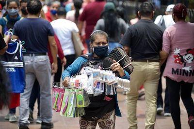 Ecuador descarta nuevo confinamiento masivo ante riesgo de contagio por covid