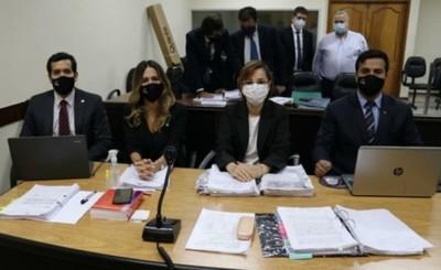Condenan a González Daher, Fernández Lippman y Carmelo Caballero
