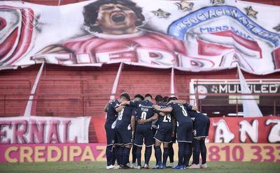 Independiente gana, y Boca y River llegan punteros al clásico