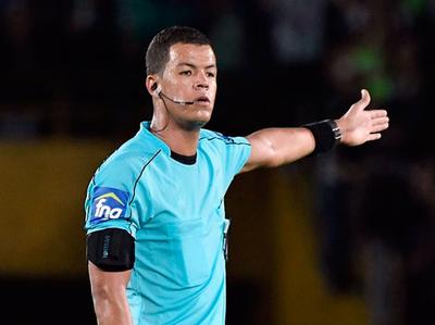 Cambio de árbitro para el partido Vélez-Lanús