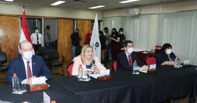 La Nación / Exponen evidencias sobre presencia de menores en campamento del EPP