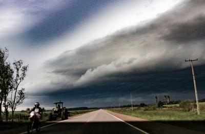 Alertan sobre tormentas en seis departamentos