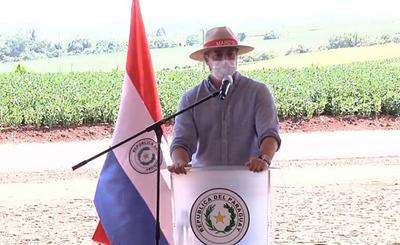 """Abdo Benítez celebra que esté cerca de alcanzar un """"récord"""" de Stroessner"""