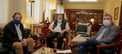 Ministros del TSJE recibieron en visita protocolar al referente político del PLRA Domingo Laíno