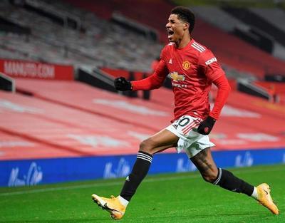 Manchester United conquista una victoria que lo sitúa como escolta