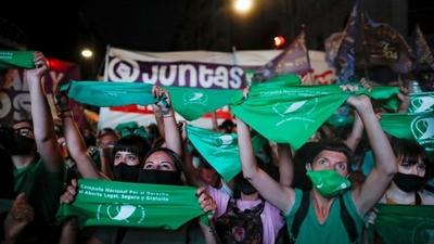 Argentina aprueba la legalización del aborto