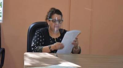 RECHAZAN DENUNCIA CONTRA BETTY BURGOS DE TORALES