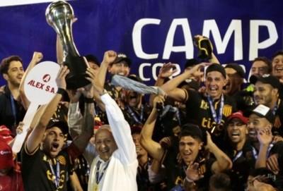 La celebración de Guaraní ante Olimpia en el 2018
