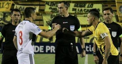 Olimpia mete presión y muestra un compilado del árbitro de la fina – Prensa 5